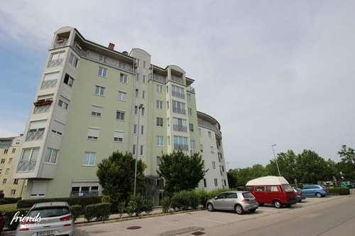 Reisenbauerring: Perfekte 2 Zimmer Wohnung mit herrlichem Weitblick aus dem 4.ten Stock