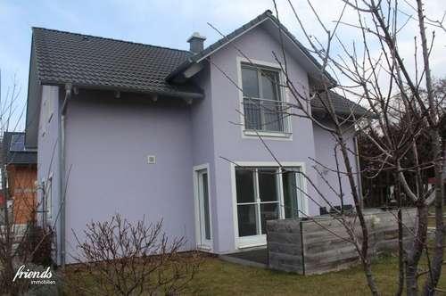 Niedrigenergie- Einfamilienhaus im Grünen in - 42min über A4 in Wien -