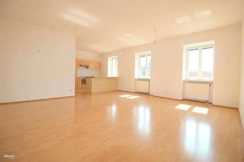 POTTENDORF - 3 Zimmer mit offener Küche in zentraler Lage