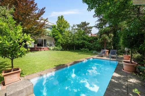 Modernes Einfamilienhaus mit Garten und Pool