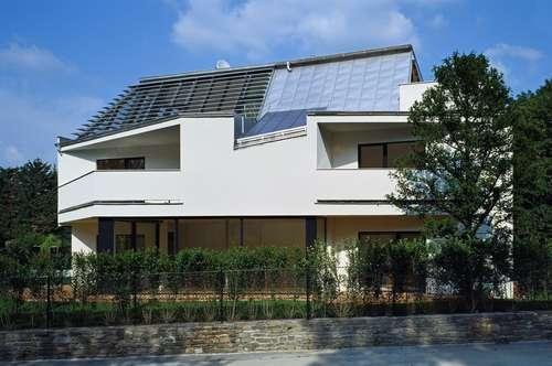 Moderne Doppelhaushälfte mit Eigengarten und Garage