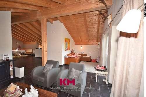 Zweitwohnsitz. Neuwertige Maisonette-Wohnung in zentraler Lage