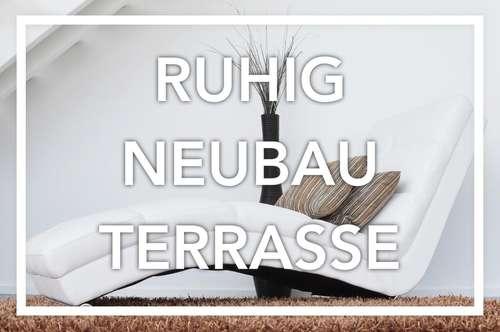 Neues Plaumenlila | Balkon. Ruhe. Garage.
