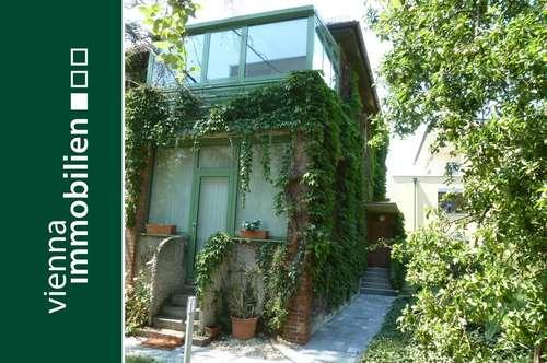 Wunderbares Englischgrün | Haus. Garten. Garage. Ruhe.