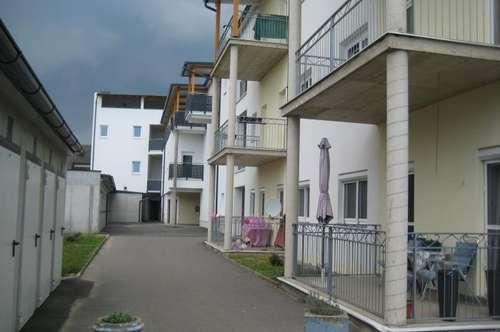 Moderne 2ZI +Terrasse 12m²+ Carport, Erstbezug nach Sanierung