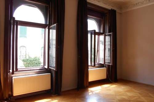 """Geidorf """"Beletage mit Grünblick""""3ZI+Wohnküche -klassische charmante Altbauwohnung+ 2Balkone"""