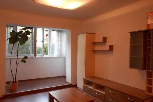 """Grottenhof"" ruhig,saniert,möbliert 2ZI+Küche+Erker, Dachterrasse Grünbereich, PP"