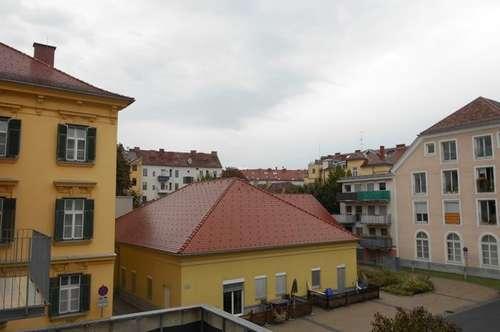 Dietrichsteinplatz-TU Nähe  2ZI +Balkon in den Innenhof unbefristet ! TG