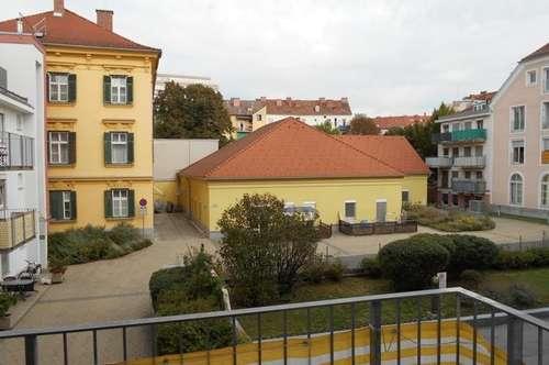 Dietrichsteinplatz-TU Nähe ruhige 2ZI+Balkon  unbefristet ! TG