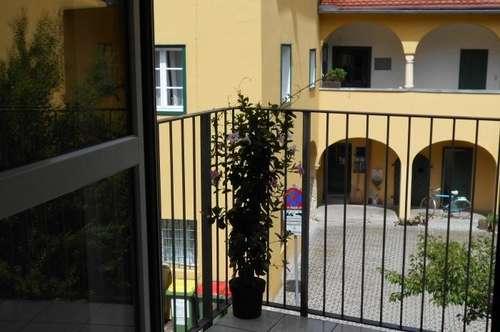 Zentrale, sonnige Garconniere Balkon in ruhiger Innenhoflage  nahe Dietrichsteinplatz,unbefristet