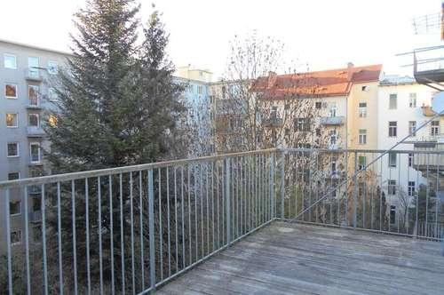 Klassischer Stil-Altbau  3ZI+14m² S/WTerrasse Innenhof saniert Erstbezug Toplage Geidorf UNI