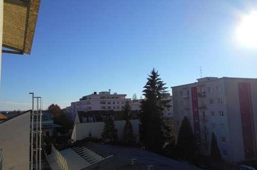 """Steyrer"" klassischer Altbau sonnige 3ZI+2 W/Balkon-Innenhof  (3erWG) nahe TU"