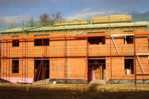 Gleisdorf-Nähe: Neubau-Projekt - ziegelmassiv: Doppelcarport + Eigengrund/modern - mitplanen möglich