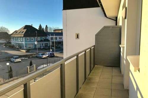 Ostermiething: 3 Zimmer- Balkon - Parkplatz - zentrale Lage!