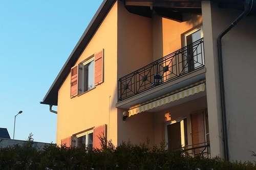 Erstbezug nach Sanierung Sonnige 3ZI+Balkon+Parkplatz Eigener Gartenantei!