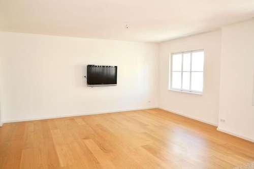 ALTSTADT: 2 Zimmer - herrliche Wohnatmosphäre + zeitgemäße Ausstattung