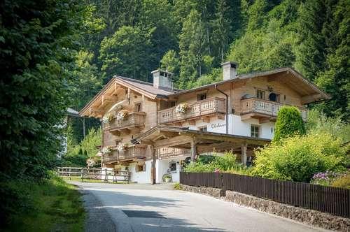 Charmantes Landhaus am Fuße des Hahnenkamms (Ski-in / Ski-out)