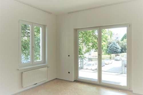 Helle 3-Raum-Whg. mit großem Balkon in super zentraler Lage mit chicer Küche! Sehr gut geeignet für 2er-WG!