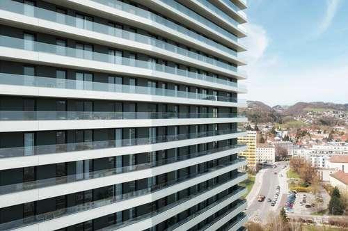 Sie sind ein Stadtmensch? Durch und durch? Genießen Sie urbanes Wohnfeeling in dieser 2-Raum-Wohnung im innovativen und höchsten Wohntower mit Balkon in Süd-West-Ausrichtung!