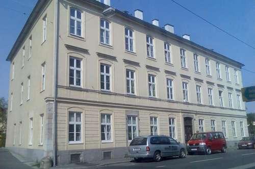 Helle 2 Raum-Wohnung in Kleinmünchen!