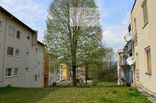 familienfreundliche 3 Zimmer Wohnung im Ort. zentral,ruhig, Kinderspielplatz, Parkplatz,große Loggia