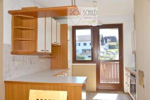 Attraktive 4 Zimmer Wohnung in sehr guter Lage in Fehring. 2 Balkone, 2 Bäder, TG, Landesdarlehen.