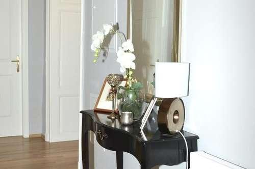Exklusive 3 Zimmer Wohnung ab 01.04. Altbau, 3 Balkone, barrierefrei! Blick ins Grüne, Traumlage!