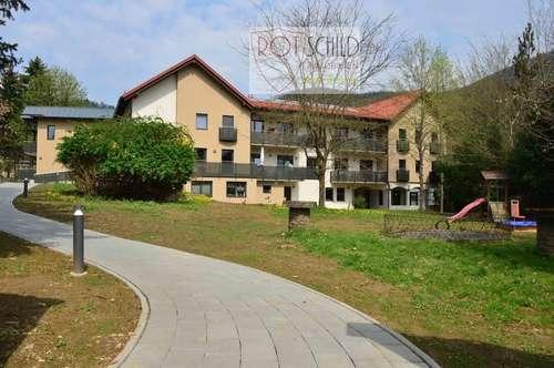 NEU NEU NEU: schöne große Maisonette-Wohnung in guter Lage mit Garten, großer Balkon, neue Küche!