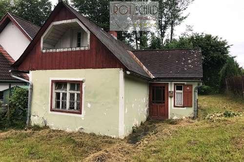 Kleines Haus für Bastler und Handwerker ! Günstiger Preis, gute zentrale Grün-Lage in Gnas.