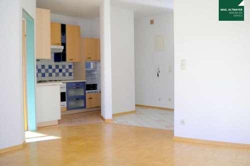 Das passt : Geräumige 2-Zimmer-Wohnung Nähe Zentrum und Infineon