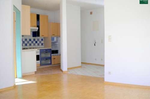 Helle 2-Zimmer-Wohnung Nähe Zentrum und Infineon