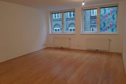 Moderne 2-Zimmerwohnung (46m2) in beliebter Wohngegend - Nähe Rathaus! Sofortbezug!