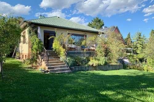 Toplage Brunn am Gebirge! Gut aufgeteiltes Einfamilienhaus mit wunderschönem Garten!