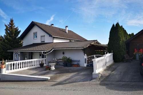 Traumhaus in Sonnen- und Ruhelage mit Garten und viel Grund in der Weinidylle