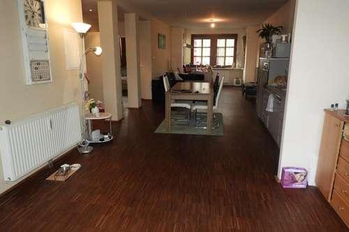 Rust: Hübsche, ruhige und günstige 3-Zimmer-MIetwohnung in der Altstadt