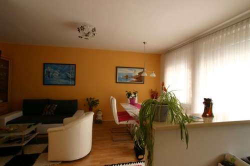 Moderne 3 Zimmer Wohnung mitten in Oberwart mit Terrasse und Garage