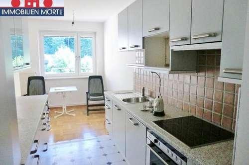 Gepflegte 5-Zimmer Eigentumswohnung mit SÜDSEITIGER LOGGIA