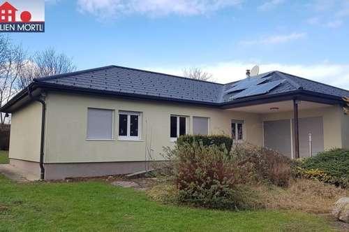 Charmantes Einfamilienhaus mit schönem Grundstück