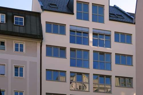 ERSTBEZUG: Pärchen-Wohntraum am Volksgarten