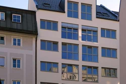 ERSTBEZUG: Single-Wohntraum am Volksgarten
