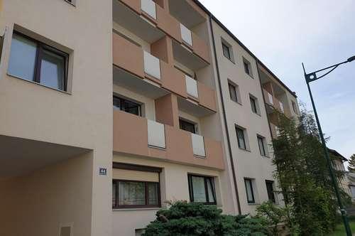 Charmante zwei Zimmerwohnung mit Loggia