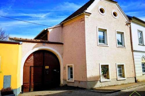 NEUER PREIS: großzügiges Stadthaus mit zwei Wohneinheiten