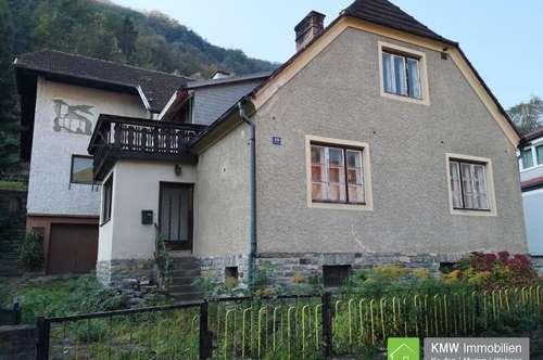 Sanierungsbedürftiges Wohnhaus in ruhiger Wachau-Lage
