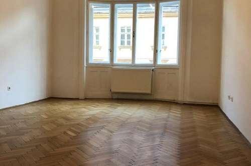 Unbefristete 6 Zimmer (4 Zimmer u.2 Kabinett) Wohnung in gepflegtem Altbau