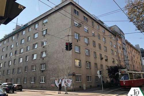 Single Hit Nähe Triesterstraße - hofseitig