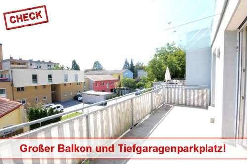 Schöne Wohnung mit großem Balkon und Tiefgaragenparkplatz!