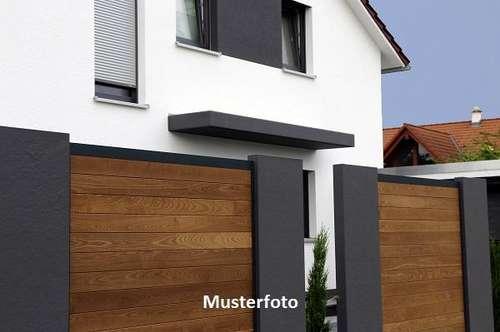 +++ 2-Familienhaus mit Holzhütte +++