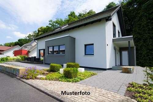 +++ Wohnhaus mit Sternwarte +++