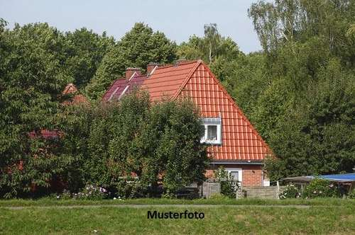 +++ Einfamilienhaus mit Nebengebäude +++