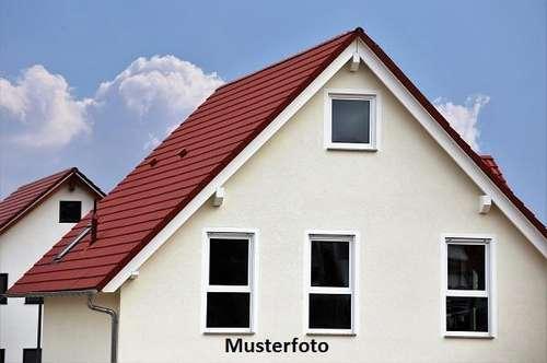 +++ 2-Familienhaus mit Werkstatt +++